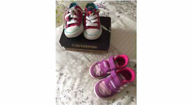 Toddlers trainers size 5 x2