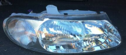 VT Commodore R/H Headlight - Used Aftermarket Brand in Excellent Cond.