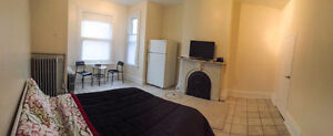 BEDROOMS FOR RENT BY DAY/WEEK/MONTH DOWNTOWN TORONTO