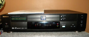 Toshiba SD-3109 HDCD, 2 Tray DVD Player and remote