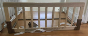 Kidco bed rail for convertible toddler bed.