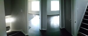 IMMEDIATE 2  ROOMS FOR RENT