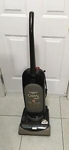Hoover Upright Vacuum in excellent condition Moving Sale!