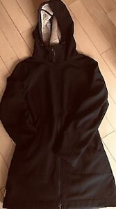 LOLE black lined rain jacket: new condition! worn twice
