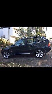 BMW X5 V8