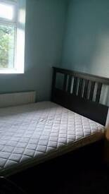 ***DOUBLE ROOM FOR A LADY OR TWO LADIES IN SOUTHFIELDS***