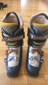 Ski boots. Size 5/5.5. Ladies. Salomon