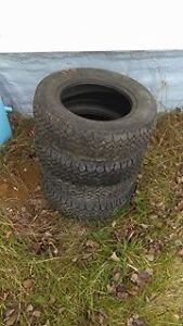 4 winter tires for sale 5$ each  p175/70r13