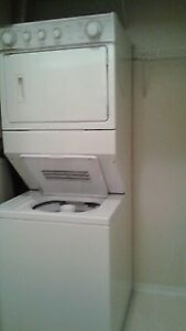 WHIRLPOOL stacked washer & dryer