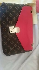 Louis vuitton, Gucci, and other brand name bags!!
