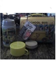 vintage disney lunch box school bus in great condition with tags and paper