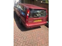 Lovely Volvo V70 for sale. Good Working Condition with MOT