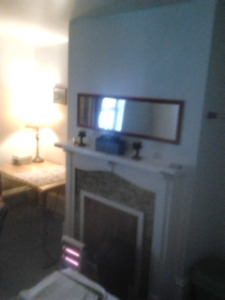 BRIGHT SPACIOUS ROOM FOR RENT ALMON AND AGRICOLA NORTH HALIFAX