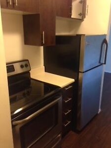 2 Bedroom Apartment - 1/2 Off 2nd Months Rent!!!!