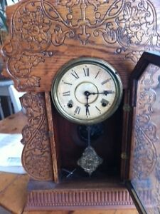 ANTIQUE GINGERBREAD Kitchen Clock North Shore Greater Vancouver Area image 2