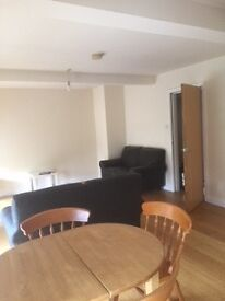 1 Bed Ground Floor Flat in Converted Old Chapel