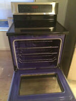 LG STOVE IN PERFECT CONDITION FOR SALE