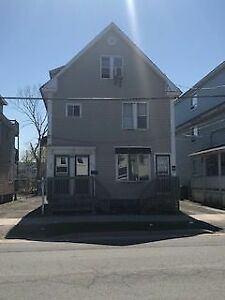 326A York St, 3 Bedroom with Office, Available Nov 1