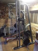 Smith Machine with bench and plates