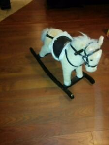 ROCKING HORSE THAT MAKES NOISE