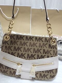 Michael Kors Jamesport  Signature Jacquard Shoulder Bag
