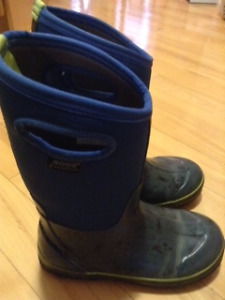 Big Boys size 5 Bogs Winter Boots