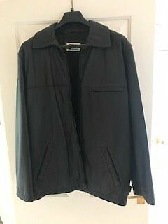Mens large black leather jacket, Prodrive Subaru P1 genuine lifestylein Pershore, WorcestershireGumtree - Subaru Prodrive P1 Large Black leather Jacket in perfect condition, never worn. Whilst its a genuine jacket the logos are very small so very little branding
