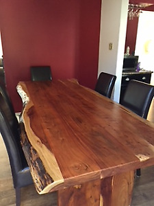 8 FEET ROSEWOOD TABLE