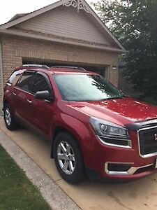2014 GMC Acadia Excellent Condition - LOW MILEAGE