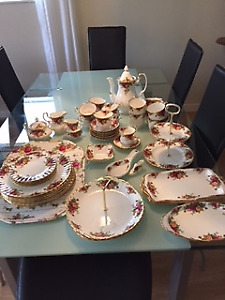 Royal Albert - Old Country Roses set