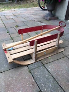 CLASSIC CHILDS WOODEN SLEIGH
