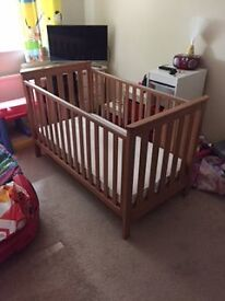 mothercare baby cot - can be a bed too