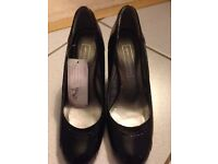 Black patent leather shoes - Brand new