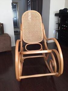 Rocking Chair Buy Or Sell Chairs Amp Recliners In Ontario