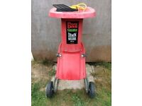Power Devil 1800watt garden shredder