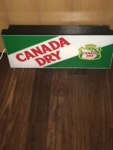 VINTAGE CANADA DRY LIGHT UP ADVERTISING SIGN! $125