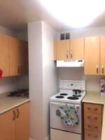 Studio Apartment @ Bay/Bloor (Yorkville ) 50 CAD/NIGHT