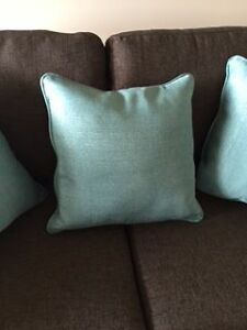 HIGH END Accent Pillows - Brand New