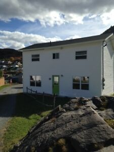 House on Waterfront in Scenic Petty Harbour