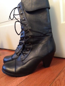 Black Lace up Boot with Nice Heel