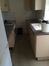 1 bed property to let in good condition taylor street ky83ax still available