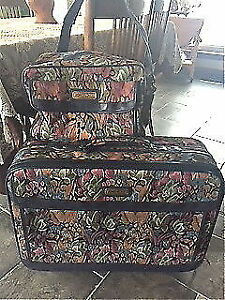 Vintage Jordache luggage 2 pieces