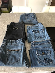 Ladies jeans & capris size 19 fits  plus 16 take it all $50