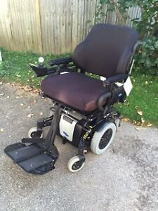Invacare TDX/SP power wheelchair
