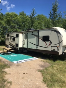 FOR SALE - JAYCO EAGLE 324 BHTS - EXCELLENT CONDITION