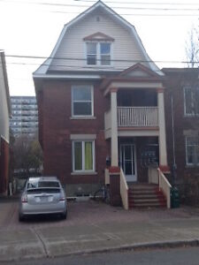 Glebe -1 Room in 3 Bedroom Apt - Reduced First Month Rent