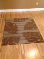 Area Rug 7x5 in great shape