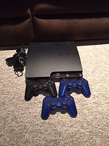 PS3 + 3 controllers + 12 games