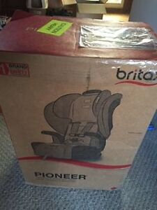 britax pioneer harness to booster