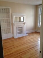 $895-1 bed-Avail imm/Mar/April-up to 2 month FREE-312 Cooper